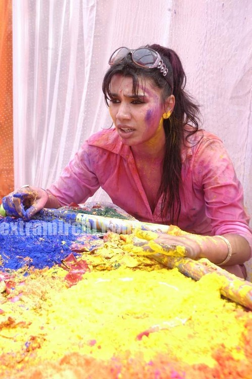 COLORS-Channel-TV-Holi-Bash-10.jpg