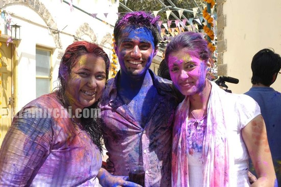 COLORS-Channel-TV-Holi-Bash-3.jpg