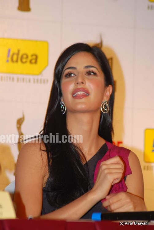 Katrina-Kaif-Filmfare-Awards-meet-9.jpg