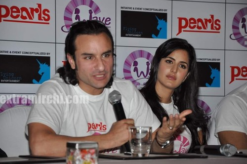 Katrina-kaif-with-Saif-ali-khan-and-Harman-2.jpg
