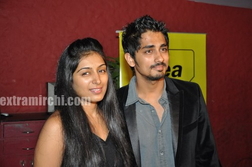 Padmapriya-and-Siddharth-Striker-Success-bash-2.jpg