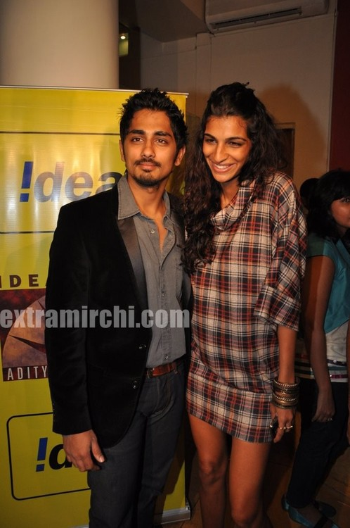 Padmapriya-and-Siddharth-Striker-Success-bash-3.jpg
