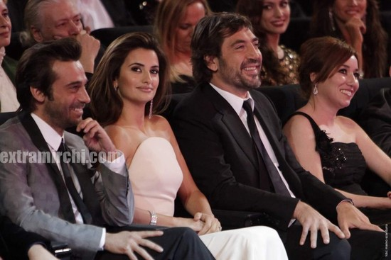 Penelope-Cruz-Goya-Awards.jpg