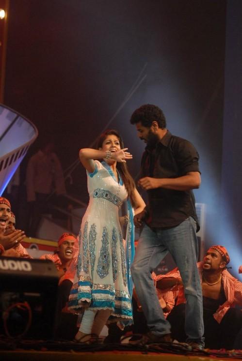 Prabhu deva with Nayanthara (6)