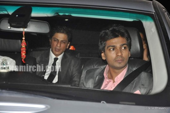 SRK-at-Videocon-wedding.jpg