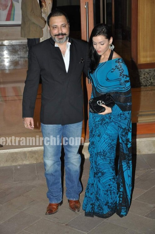 Sanjay-Dutt-and-Manyata-Dutt-wedding-anniversary-party-photos-2.jpg