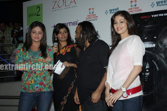 Sneha-Ullal-and-Sada-1.jpg