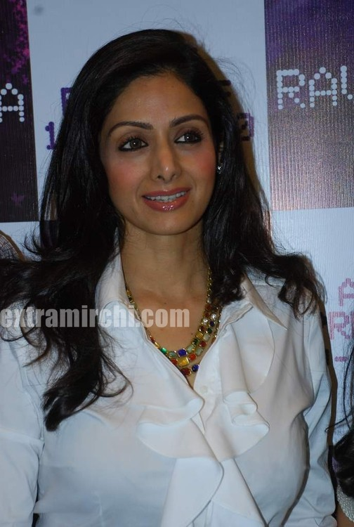 Sridevi-at-singer-Raveena-album-launch-2.jpg