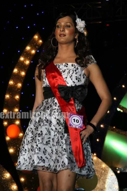 Trans-gender-beauty-contest-V-vare-Indian-Super-Queen-semi-finals-4.jpg