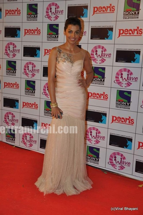 mugdha-godse-at-waves-concert-1.jpg