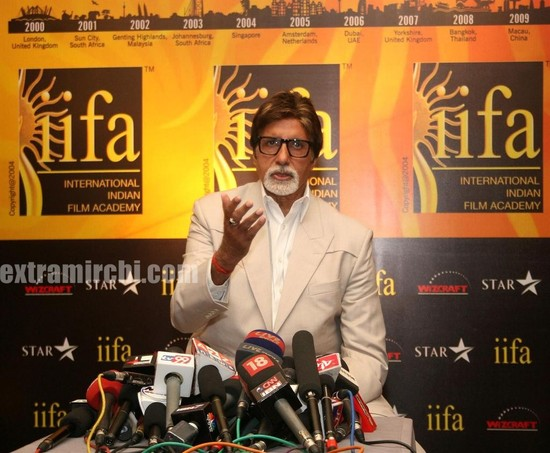 Amitabh Bachchan inaugurates the IIFA Voting weekend 2010 jpg