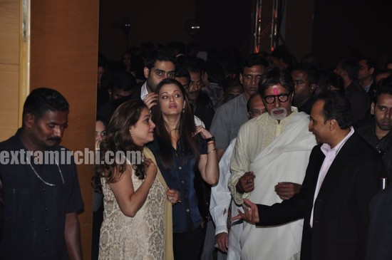Bollywood-stars-at-Anil-Ambani-big-pictures-party-in-Mumbai-1.jpg