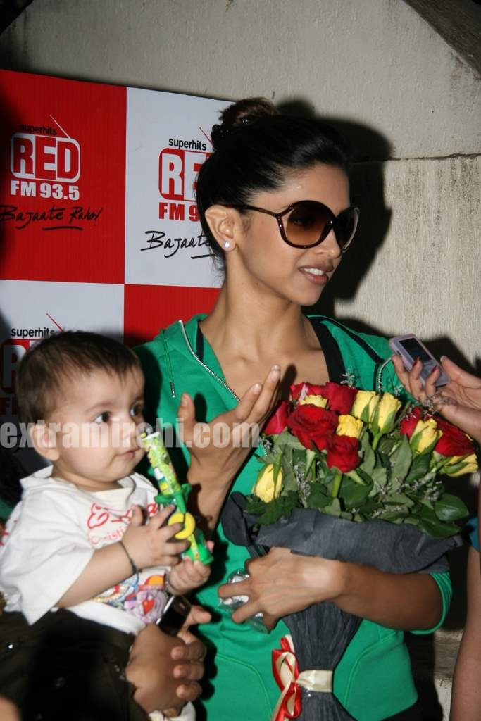 Deepika Padukone at Karthik Calling Karthik screening (3 ...