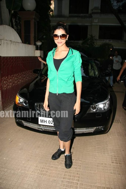Deepika-Padukone-at-Karthik-Calling-Karthik-screening-main.jpg