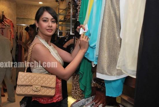 Preeti-Jhangiani-at-Neeta-Nishka-Lulla-summer-preview.jpg