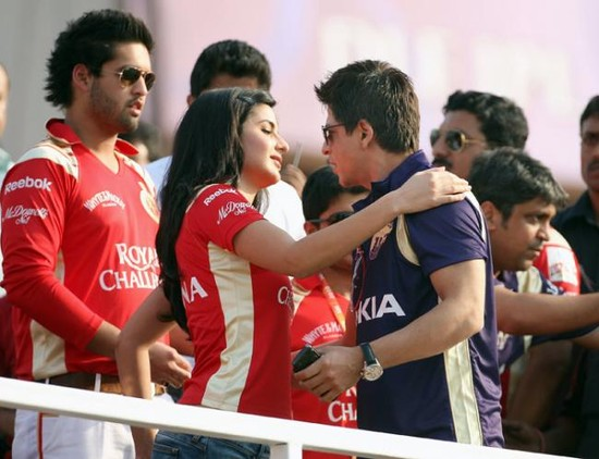Shah-Rukh-Khan-and-Katrina-Kaif-at-IPL-1.jpg