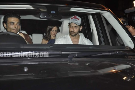 Shahrukh-party-for-Akon-at-Shahrukh-home-Mannat-1.jpg