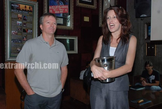 Steve-Waugh-launches-6up-mobile-game.jpg