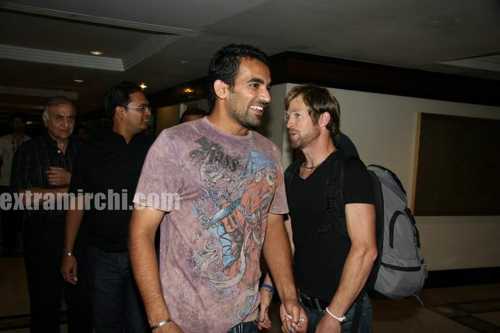 Zaheer-Khan-and-Jonty-Rhodes.jpg