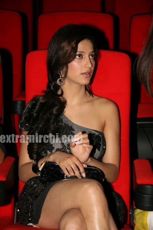 glam-Shruti-Haasan-main.jpg