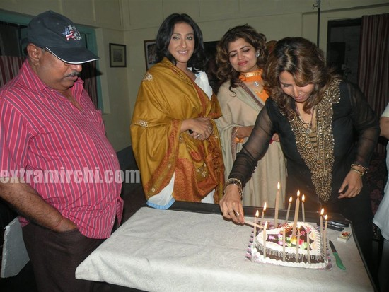 Bengali-actress-Sneha-Paul-Birthday-3.jpg