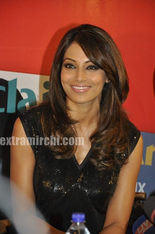 Bipasha-Basu-at-Marie-Claire-issue-launch-3.jpg