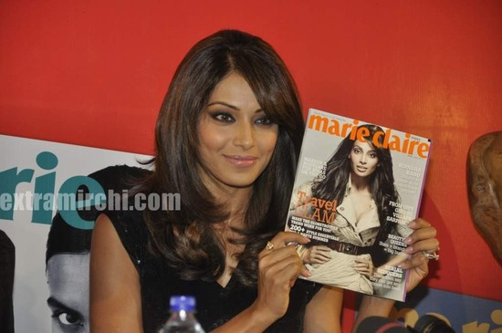 Bipasha-Basu-at-Marie-Claire-issue-launch-6.jpg