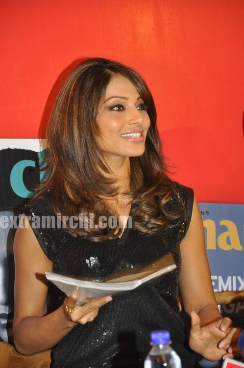 Bipasha-Basu-at-Marie-Claire-issue-launch.jpg