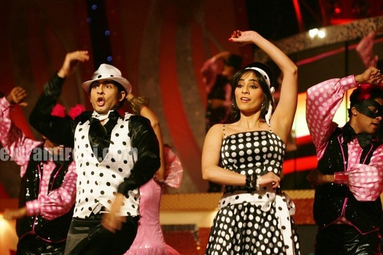 Hussain-and-Tina-perform-for-Star-Cintaa-Super-stars-ka-jalwa.jpg