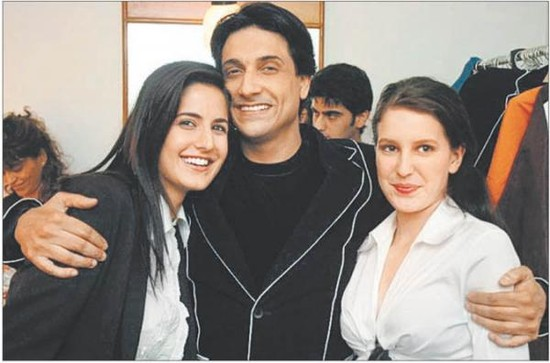 Katrina-Kaif-spotted-with-sister-Isabelle-and-Shiamak-Davar.jpg