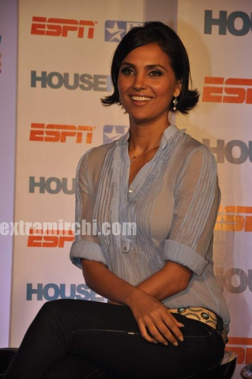 Lara-dutta-Bollywood-actress-4.jpg