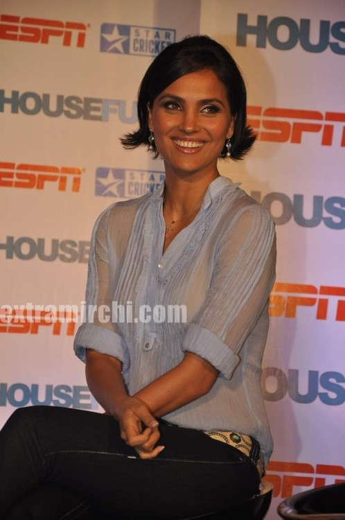 Lara-dutta-Bollywood-actress-5.jpg