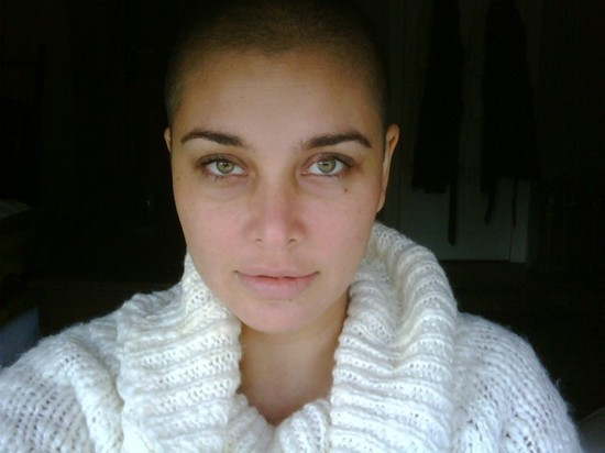 Lisa-Ray-diagnosed-with-a-Rare-and-Incurable-Cancer.jpg