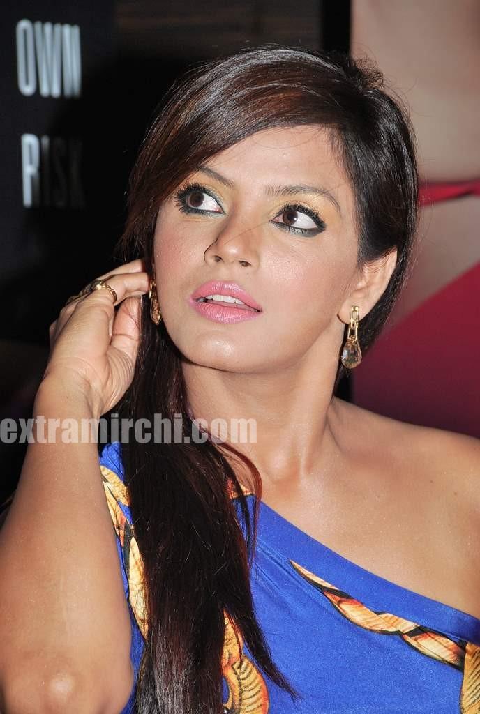 Neetu Chandra and Tanushree Photos - Neetu-Chandra-and-Tanushree-Photos