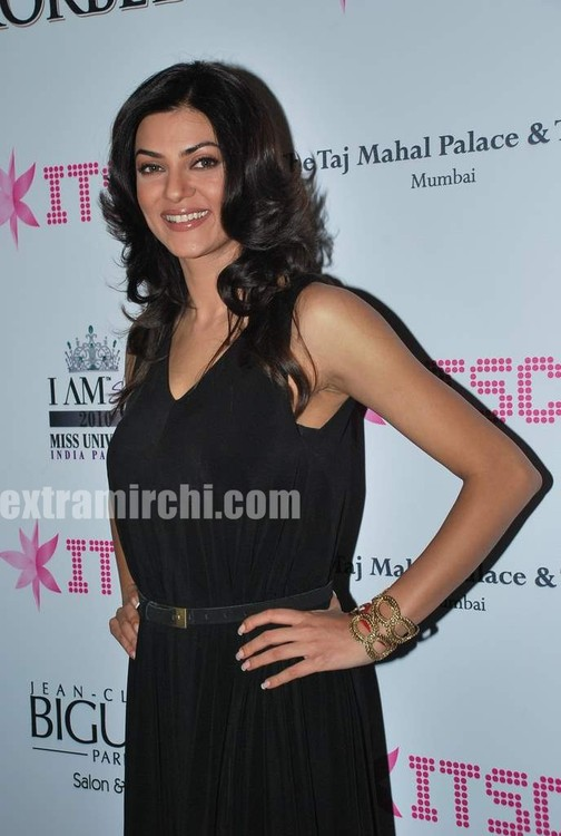 Sushmita-Sen-at-Priya-Chatwal-Kitsch-launch-11.jpg