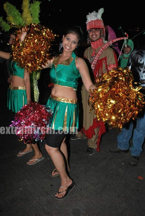 ZEE-TVs-Dance-Indian-Dance-Carinival.jpg