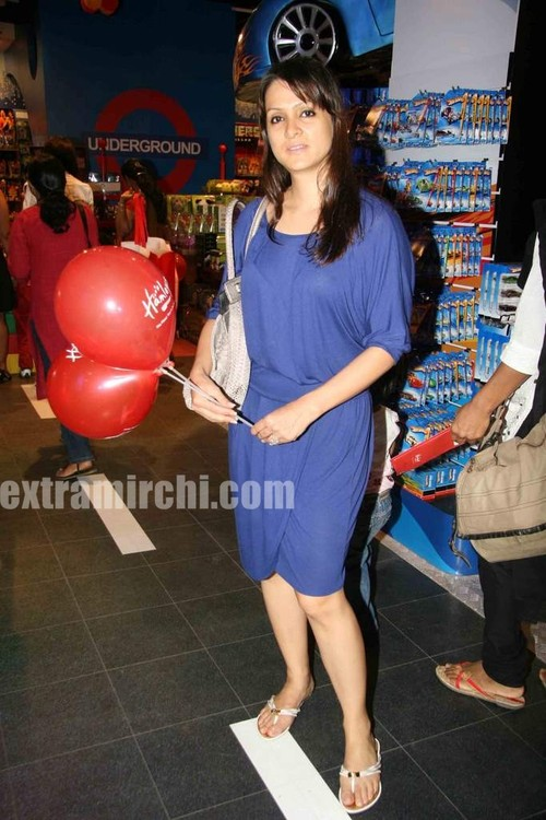 hamleys-store-launch-pics-3.jpg