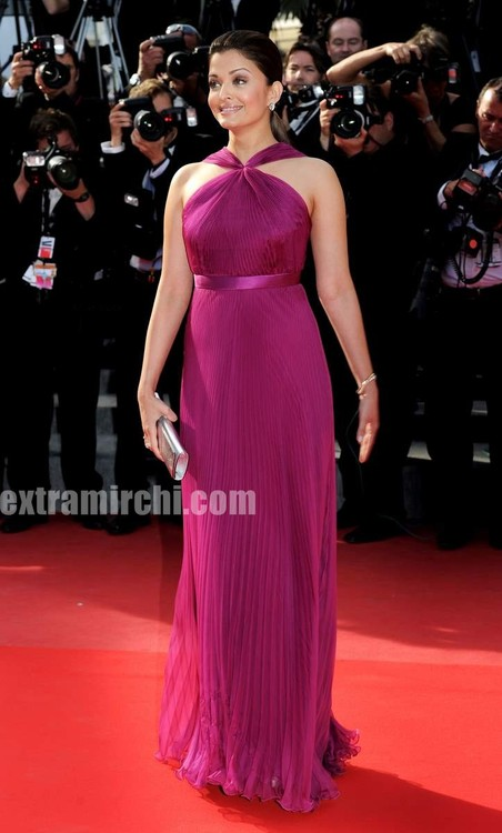 Aishwarya-Rai-at-Il-Gattopardo-Premiere-at-Cannes-1.jpg