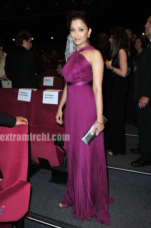 Aishwarya-Rai-at-Il-Gattopardo-Premiere-at-Cannes.jpg