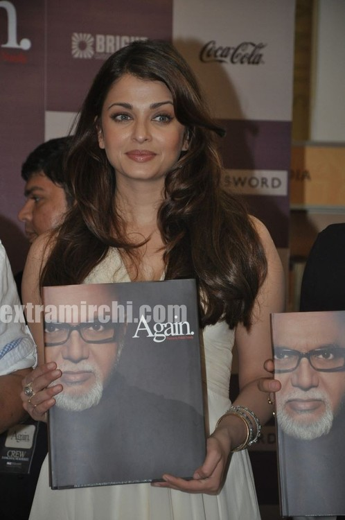 Aishwarya-Rai-at-Pritish-Nandy-book-launch-1.jpg