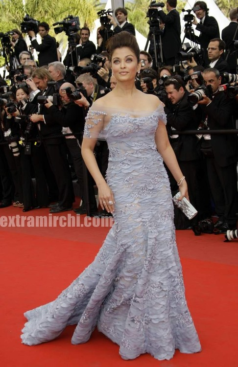 Aishwarya-Rai-at-cannes-film-festival-3.jpg