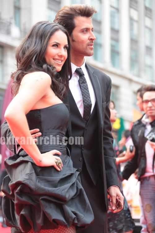 Barbara-Mori-and-Hrithik-Roshan.jpg