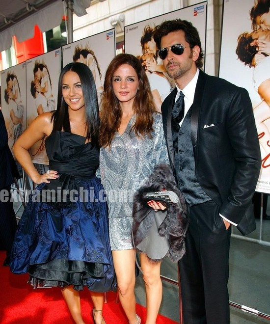 Bollywood-actor-Hrithik-Roshan-and-his-wife-Sussanne-Khan-Rosha-with-actress-Barbara-Mori.jpg