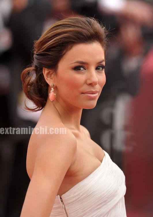 Desperate-Housewives-star-Eva-Longoria-at-Cannes-Film-festival-3.jpg