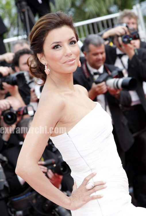 Desperate-Housewives-star-Eva-Longoria-at-Cannes-Film-festival-8.jpg