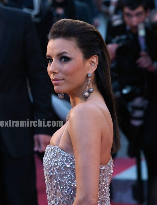 Eva-Longoria-Parker-wearing-dress-By-Naeem-Khan-at-cannes-1.jpg