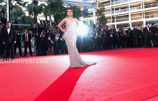 Eva-Longoria-Parker-wearing-dress-By-Naeem-Khan-at-cannes.jpg
