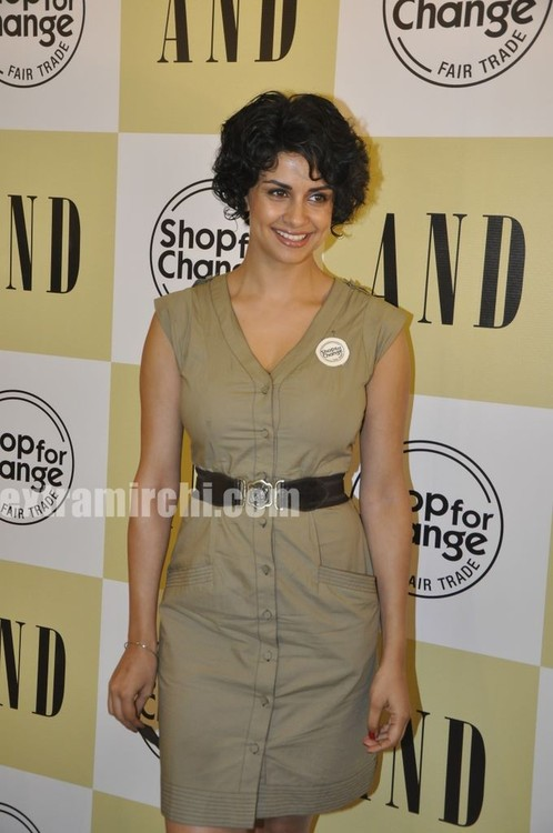 Gul-Panag-at-AND-Shop-for-Change-Initiative-3.jpg