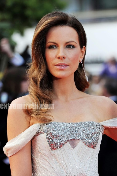 Kate-Beckinsale-Is-Gorgeous-In-Gucci-3.jpg