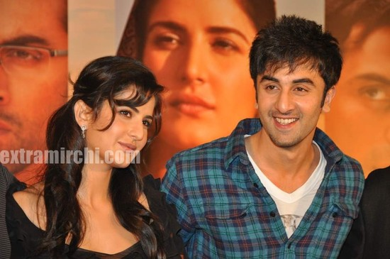 Katrina-Kaif-and-Ranbir-Kapoor-at-Rajneeti-presser-. By Mitr | May 9, 2010